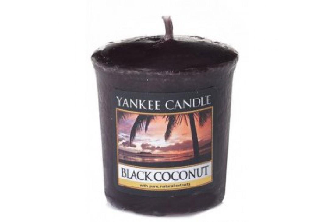 Yankee Candle świeczka Black Coconut (Votive)